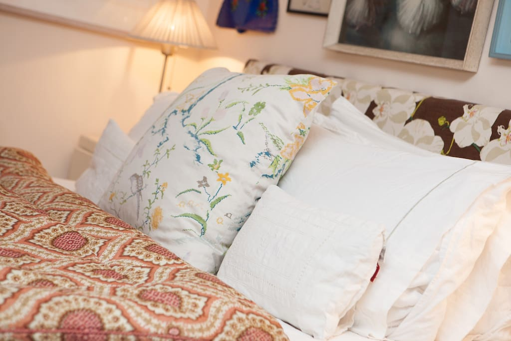 Very comfortable large double bed with Egyptian cotton sheets and feather down pillows and duvet