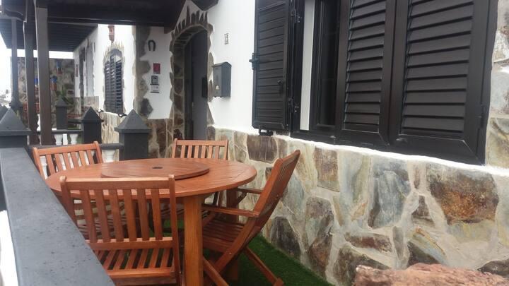La Costa, Tinajo, full nice house, near the sea