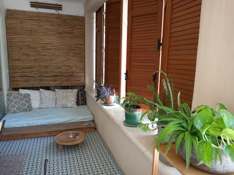Perfect-bathed in green-private unit for couples