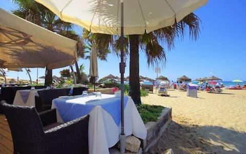 Beach Villa, Marbella, 30 steps from the sea