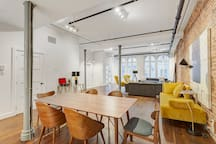 400 St-Paul Dual · Two-Floor Heritage Penthouse in Old Montreal