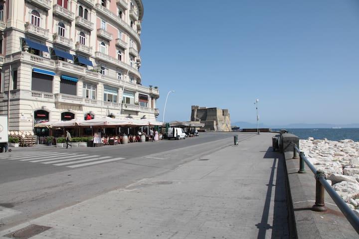 Waterfront apartment Napoli