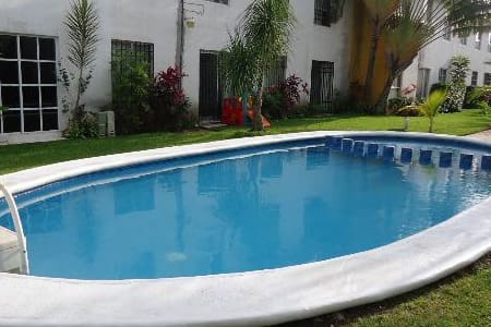 ROOM WITH BATHROOM WIFI A/C POOL - Cancún - Villa