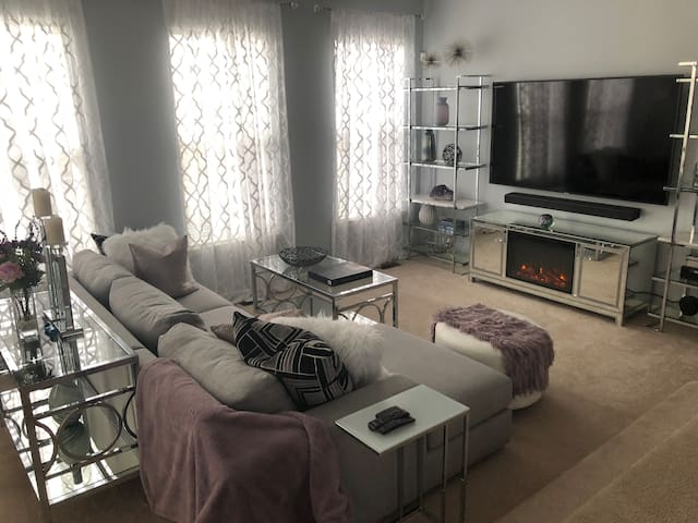 2 BEDROOMS AND BASEMENT FOR RENT IN GORGEOUS HOME