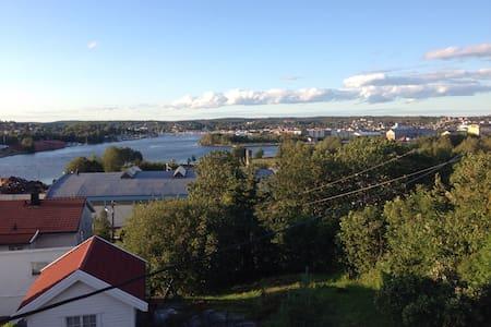 Nice little house in beautiful area - Kråkerøy, Fredrikstad