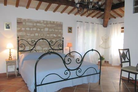 Acquamarina Romantica suite vicino Senigallia - Marina di Montemarciano - Hus