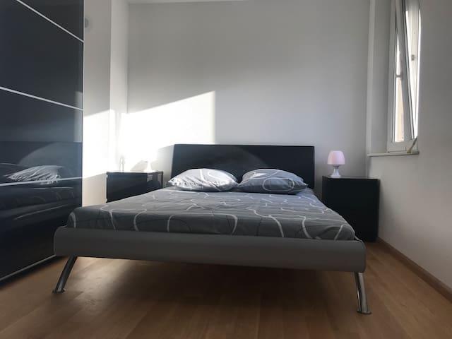 Master bedroom 2. Bed of 140x200 (with nice big wardrobe).