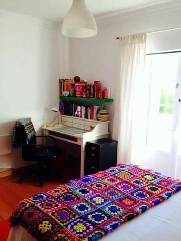 Room in calm fishers village - Longueira / Almograve - Bed & Breakfast