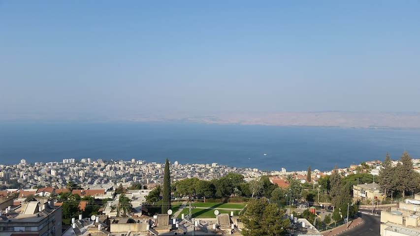Amazing Sea of Galilee View Room - Tiberias - Wohnung