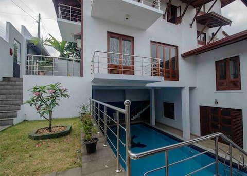 Ayansa Villa - 3 Bed Apartment Colombo Sri Lanka