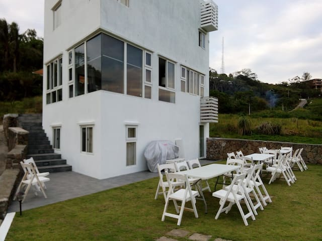 Cleeve Hills Tagaytay Room 1 - Tagaytay - Rumah