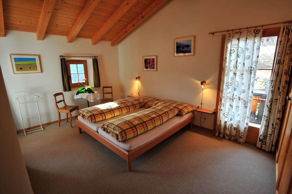 B b la val room edelweiss chambres d 39 h tes louer for Chambre d hote suisse