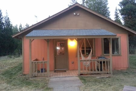 Lava Bear Lodge-S. of Sunriver-Jan M-H $20 off/nt. - La Pine