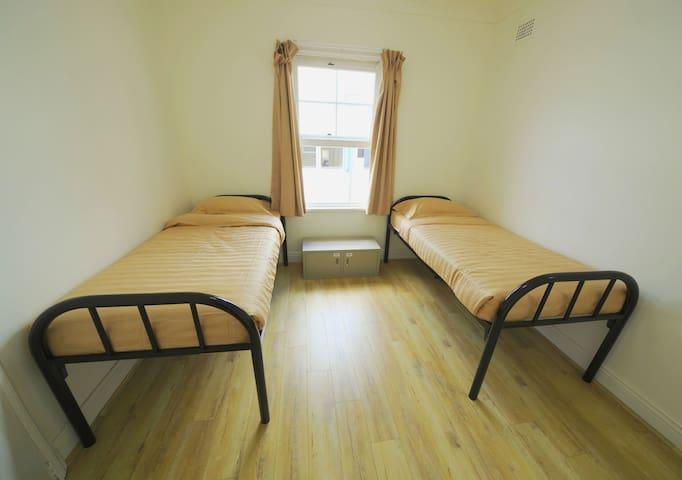 Twin Room in nice & clean hostel - Woolloomooloo - Aamiaismajoitus
