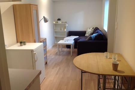 Smart mini-apartment in basement - Sandnes - Apartamento