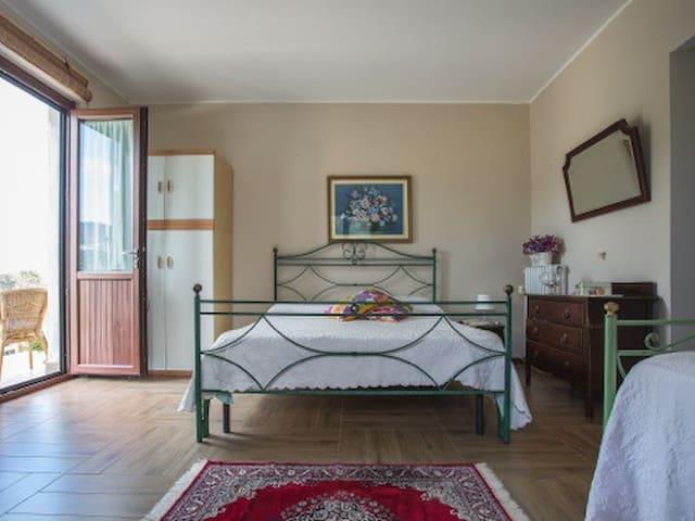 Bed & Breakfast Da Marco - Montecorvino Pugliano - Bed & Breakfast