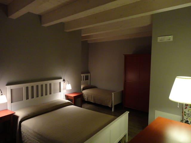 Il Giglio - Triple Room - Rotondella - Bed & Breakfast