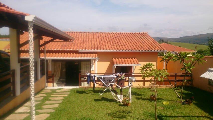 Casa para temporada - Carrancas - Haus