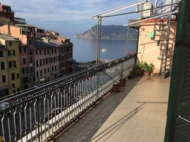 Apartment sea view in Vernazza