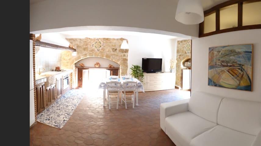 L' Arenaria Casa Vacanze - Pachino - Rumah