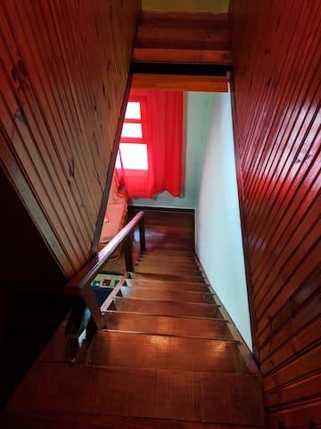Visão descida da escada.