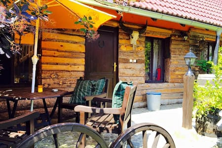 Apartment Goat barn.. Cozy apartments in our yard! - Strunkovice nad Blanicí - อพาร์ทเมนท์