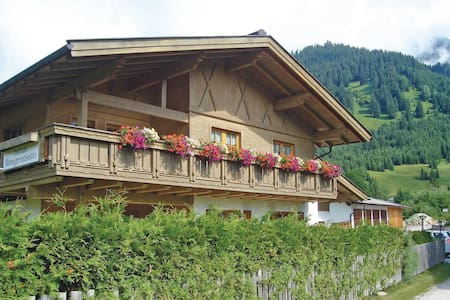 Holiday apartment with 1 bedroom on 50m² in Lermoos
