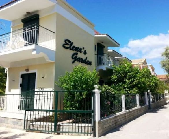 Cozy Studio 80 m from sea - Elenas Garden Pansion - Kavos