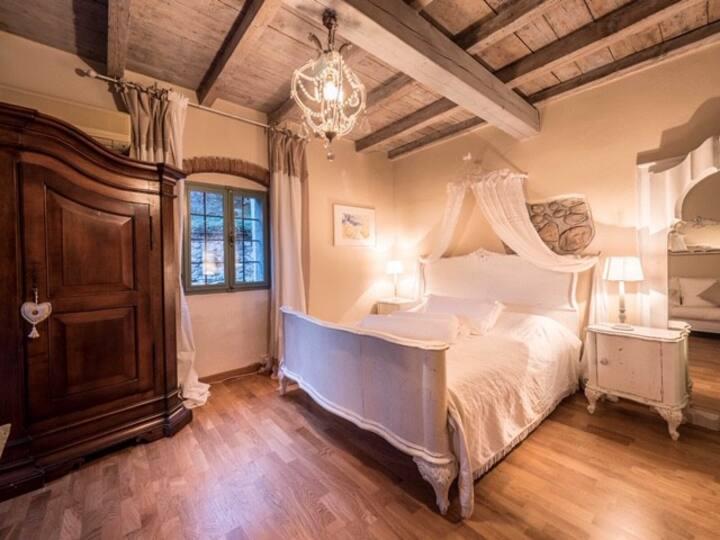 Romantische Suiten am Gardasee☀️ Suite Margherita