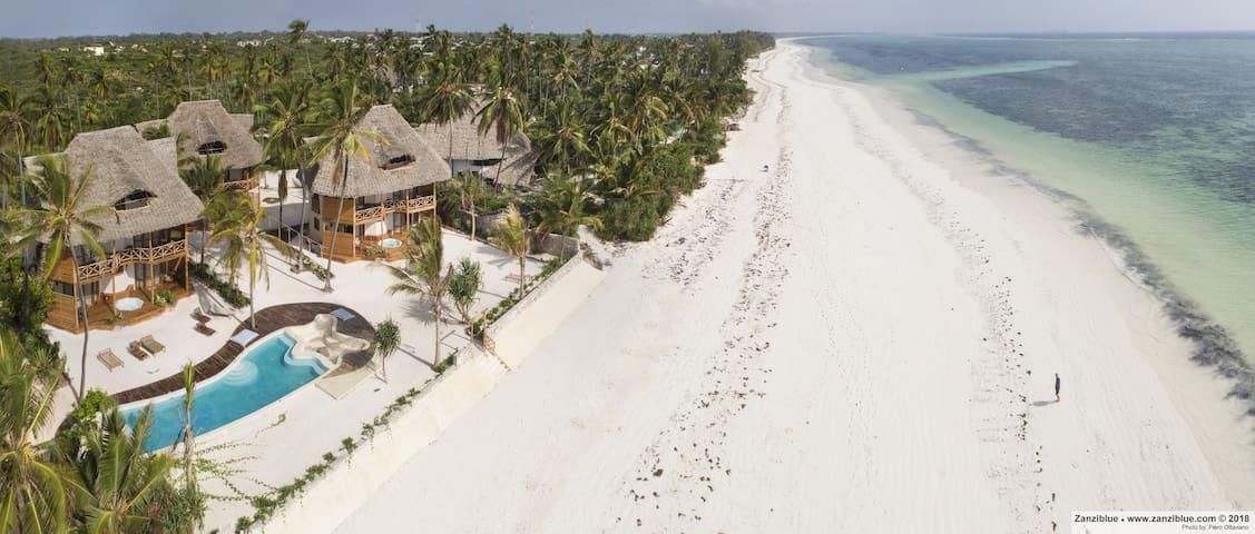 Zanziblue Iliki, Oceanfront Private Beach Villa