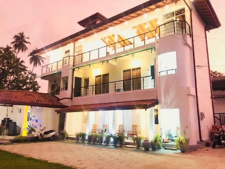 Hotel Alina - Moragalle, Beruwala