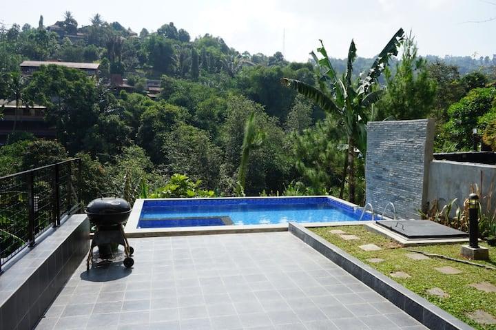 Villa Handayani Hills View + Private Swimming Pool