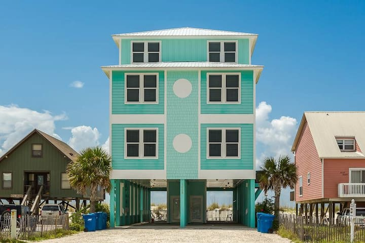Wits End East -6bdrm gulffront home sleeps upto 20 - Gulf Shores - House