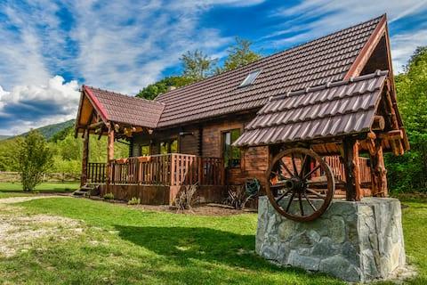 小山小屋|情侶度假屋