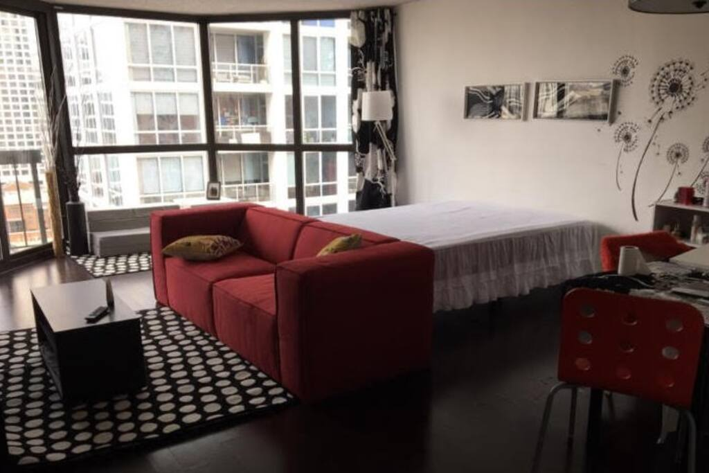 livingroom with a queen bed