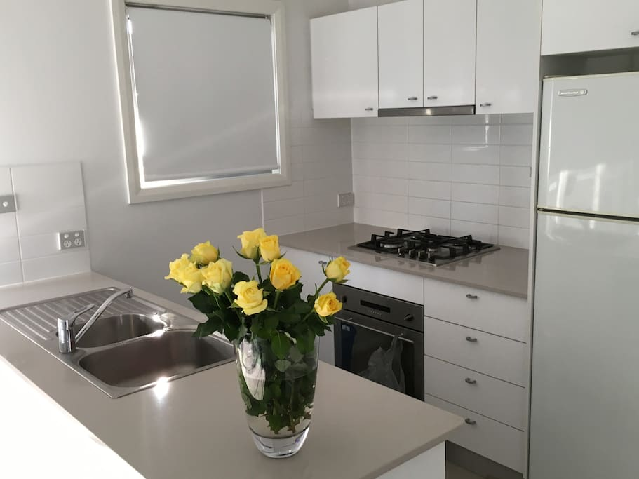 Spotlessly clean fully equipped kitchen