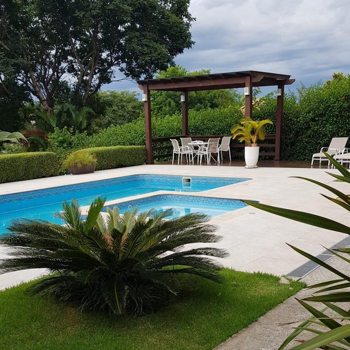 Quarto Azul (1) Adaptado -Condomínio/Lagoa Santa.