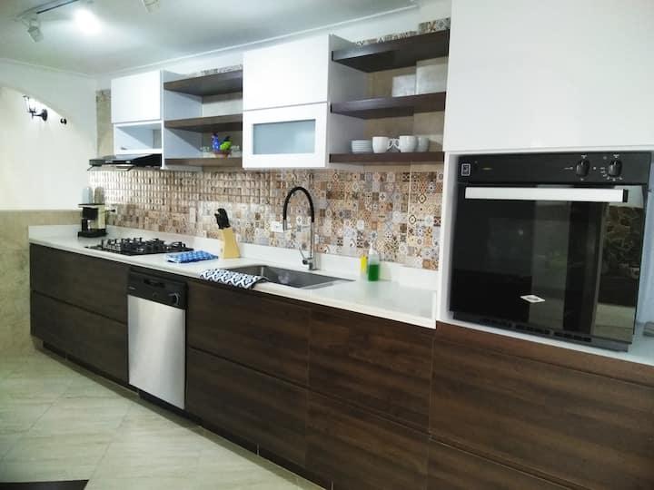Casa nueva Remodelada en la zona norte de Armenia.