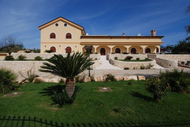 """Villa Giulia - """"Palma Regina room"""""""