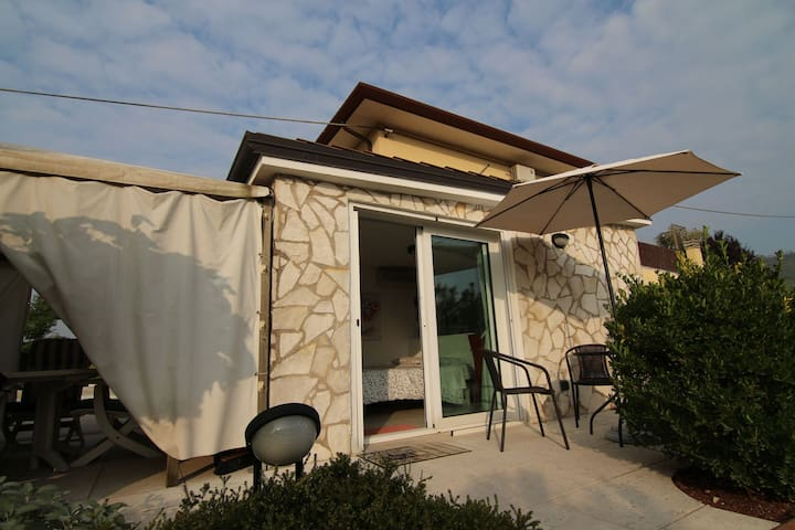 Cosy Holiday Home in Monteforte d'Alpone with Pool