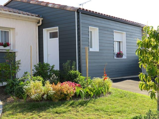 """Chambre d'hôte """"Aux Confitures """" Littoral Vendée"""