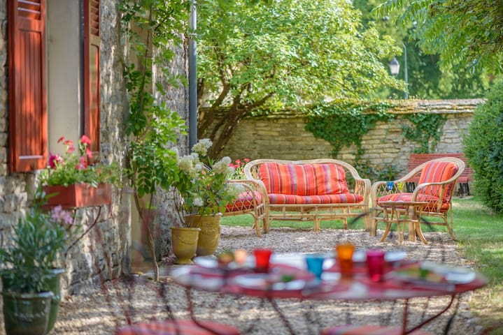 charmante petite maison en pierre - Montagny-lès-Beaune - Hus