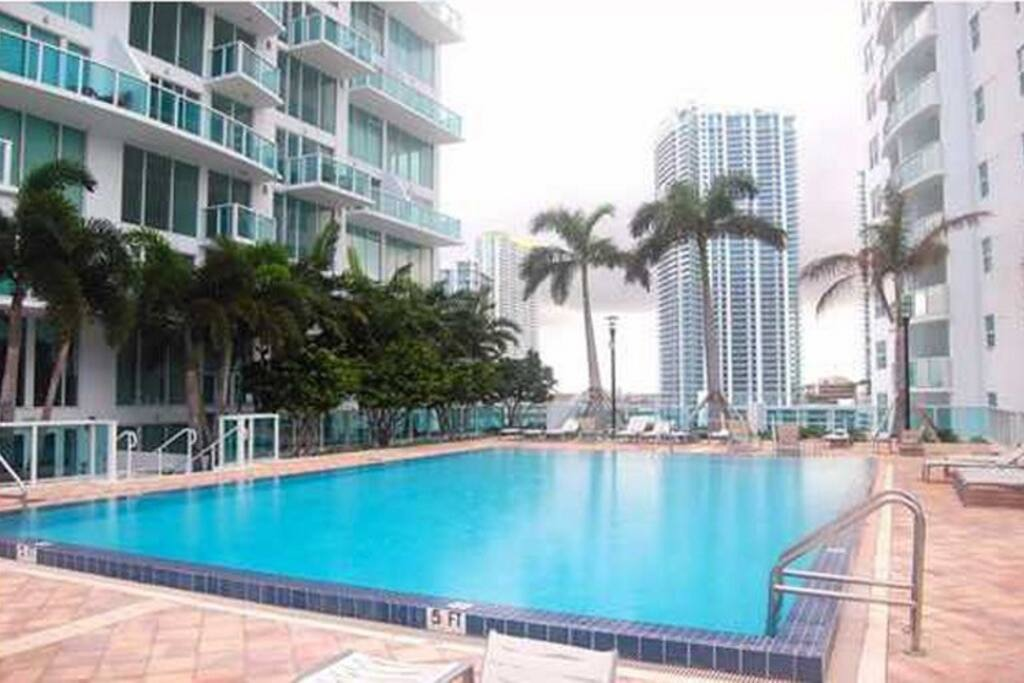 Exec 39 S Shared Apt In Brickell Apartments For Rent In