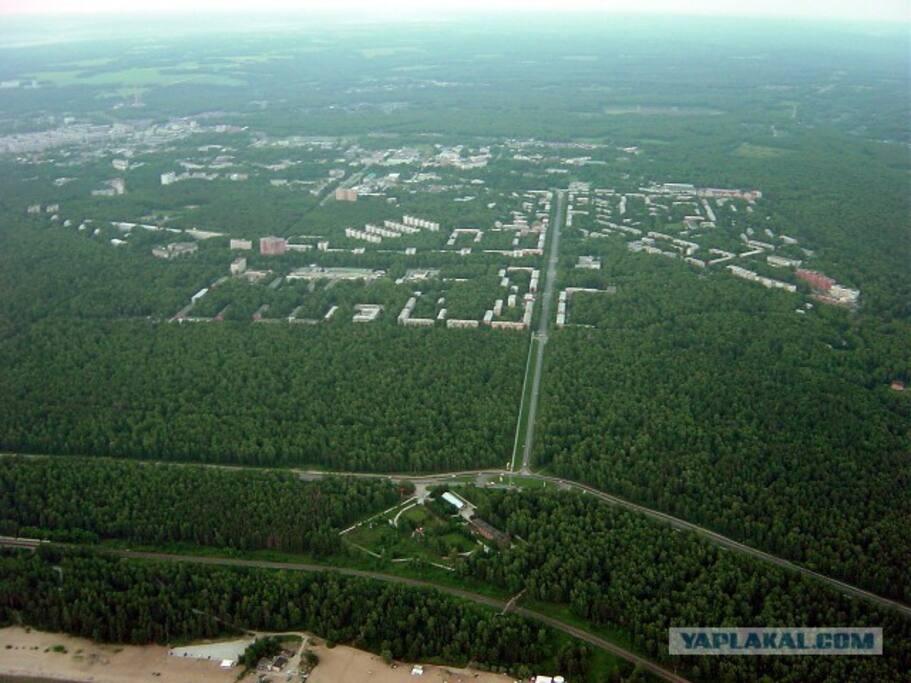 Академгородок с высоты. Слава Богу, есть места, которые можно назвать город-лес.