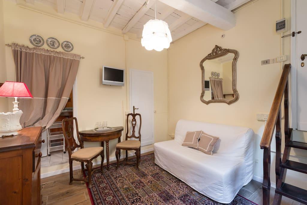 Piccolo gioiello nel centro storico appartamenti in for Appartamenti in affitto firenze