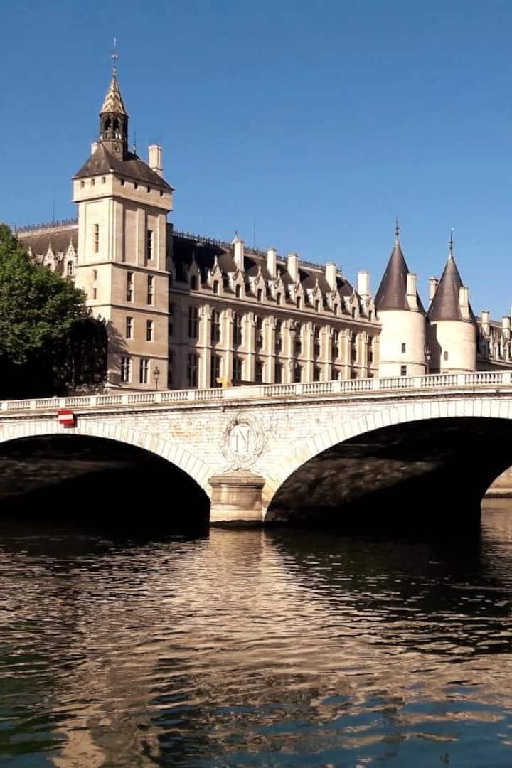 The 1st royal palace