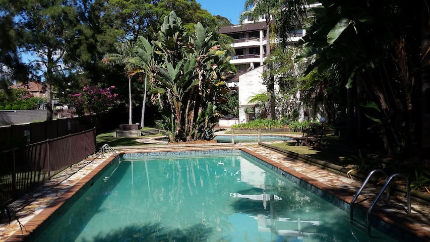 Terrasse & Pools 10min from the CBD - Willoughby - Apartamento