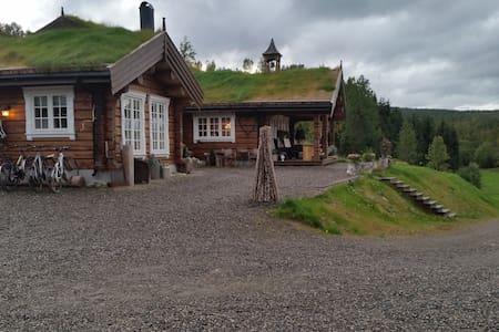 Koselig tømmerhus i Dividalen