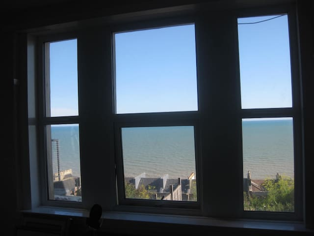 Stunning sea views from the living room.