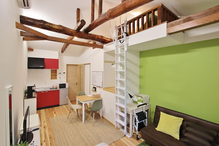 Nipponbashi中间的木屋